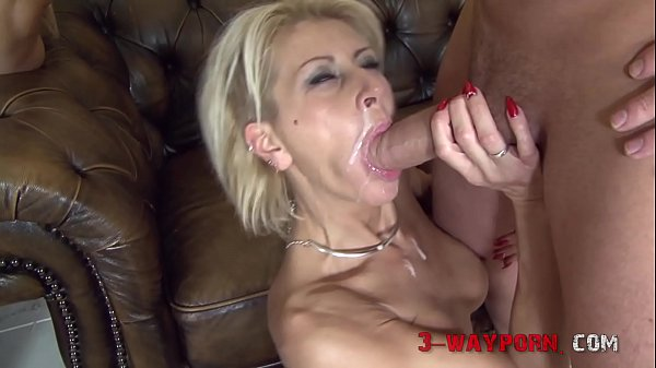 Mature Chicks Double Fucked in an Orgy