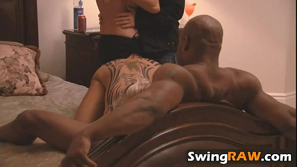 swingraw-27-9-216-playboytv-swing-season-1-ep-5-darrell-and-nikki-1