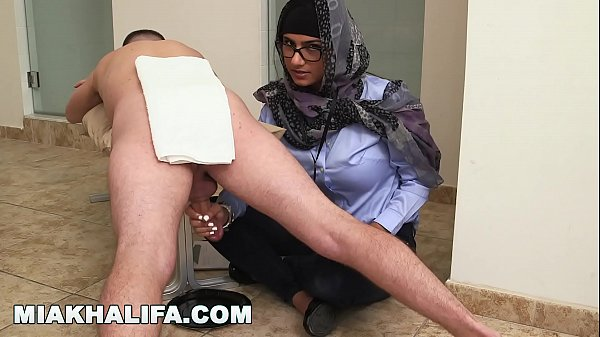 MIA KHALIFA – Your Favorite Arab Pornstar Milking Two Cocks Just For Fun